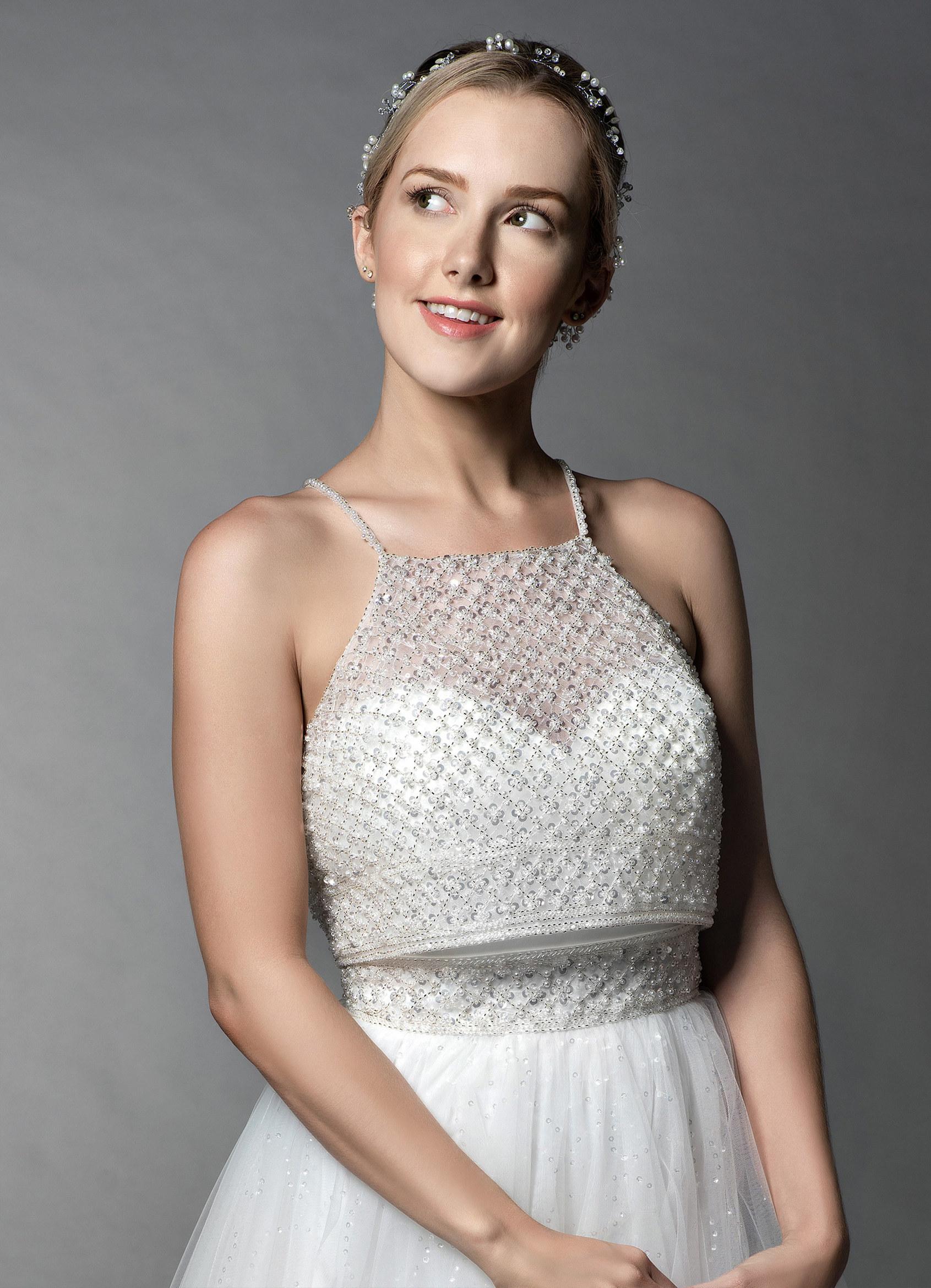 Azazie Juno BG