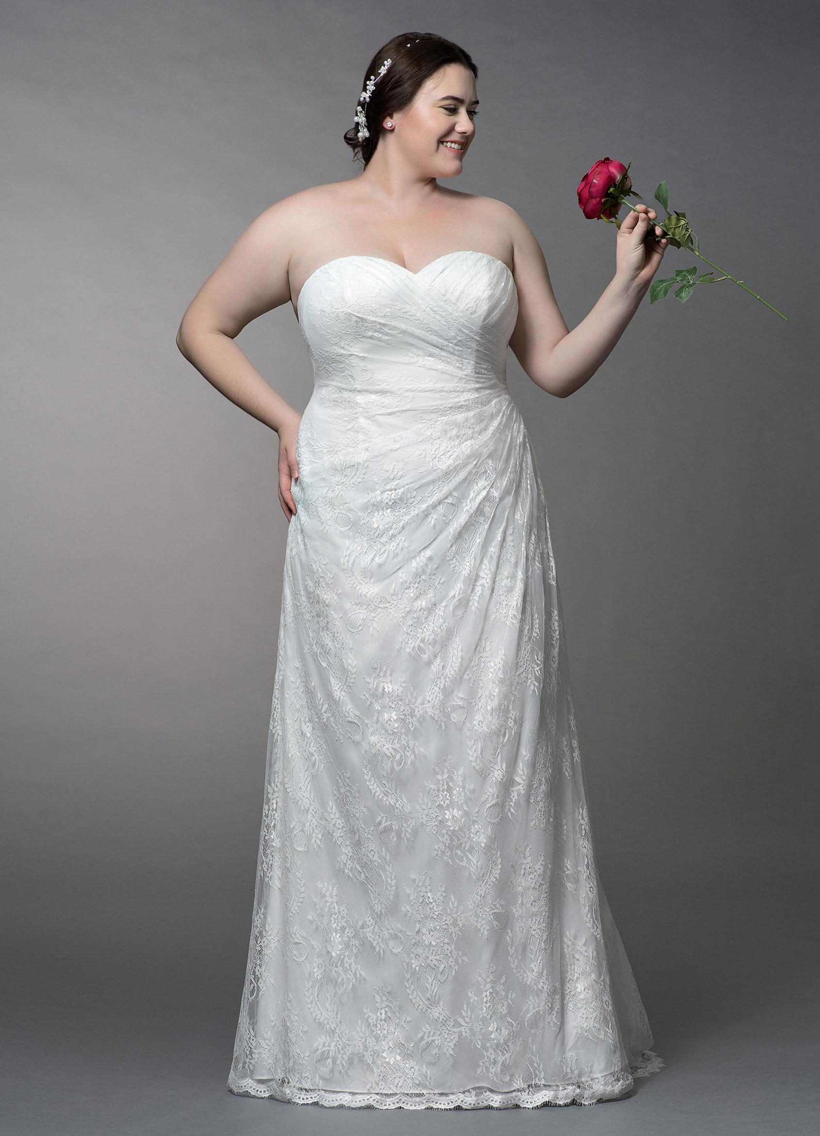 Linda Bg Sample Dress