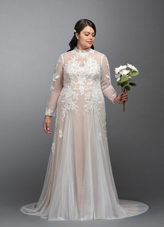 full length wedding dress with full length lace sleeves