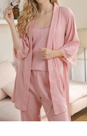 Comfort-Queen Pajama And Robe Set