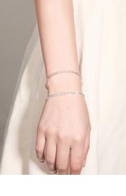 Thin Swirl Bracelet