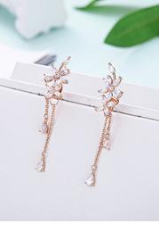 Suave Drop Earrings