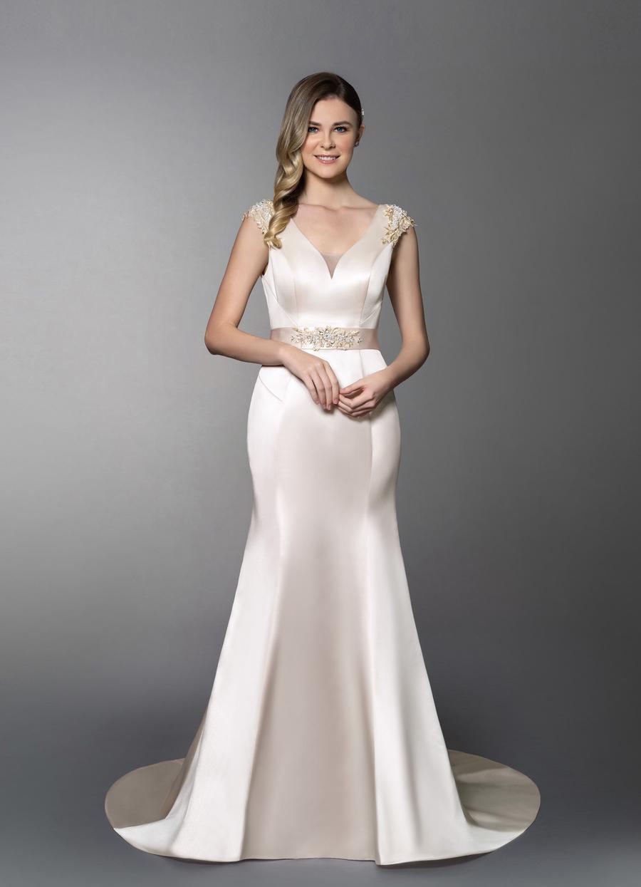 Azazie Aurelia Wedding Dress
