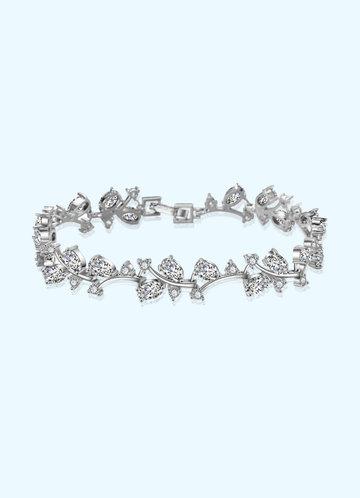front_Elegant Crystals Bracelet