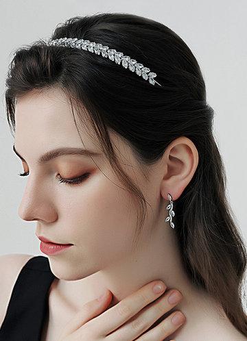 front_Bridal Vine Earrings