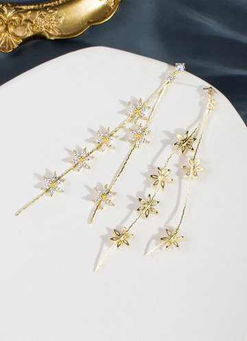 front_Snowfall Earrings