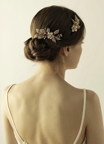 front_Crystal Flower and Leaf Comb Set
