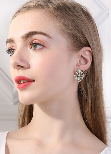 front_Cluster Earrings