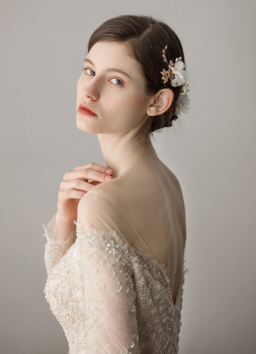 front_Elegant Tulle Headpieces