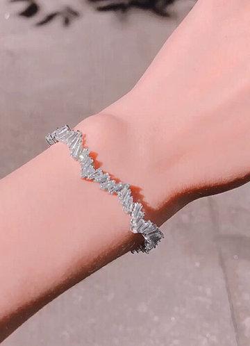 back_Crysalline Cave Bracelet