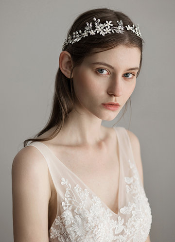 back_Ethereal Floral Headpieces