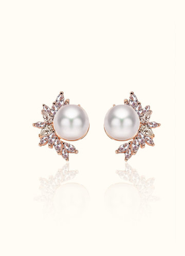 front_Elle Crystal and Pearl Statement Earrings