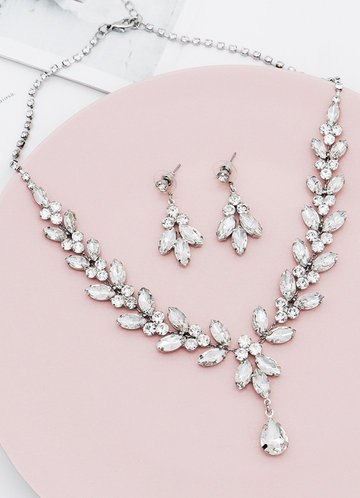front_Love is in the air Jewelry Set