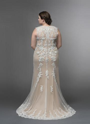 902858109590 Azazie Honey Wedding Dress Azazie Honey Wedding Dress. Plus Size Available