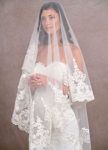 back_Azazie Princess Veil
