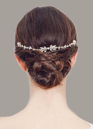 front_Elegant And Exquisite Rhinestone Combs