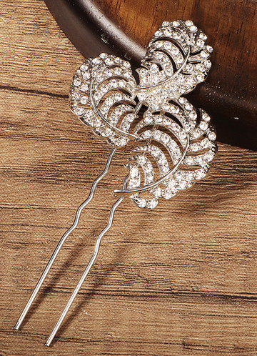 front_Glittering hairpins