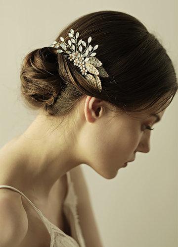 front_Petal Gold Comb