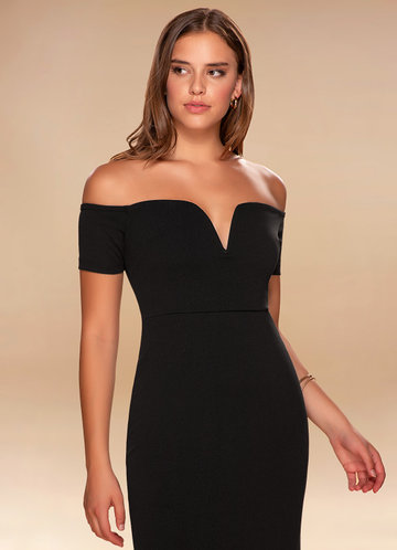Kendall Black Off-The-Shoulder Maxi Dress