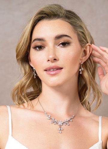 front_Petal Love Jewelry Set