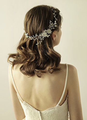 front_Crystal Hair Comb
