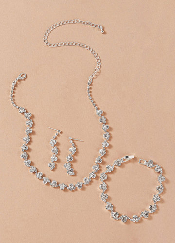 front_Elegant and Exquisite Crystal Jewelry Set