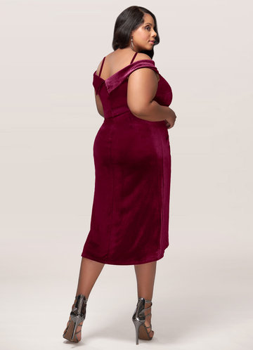 back_Blush Mark Plus Size Sweet Desire Velvet Midi Dress