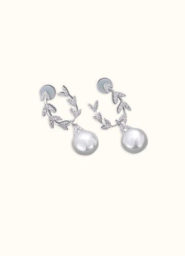 back_Chevron Loop Pearl Earrings
