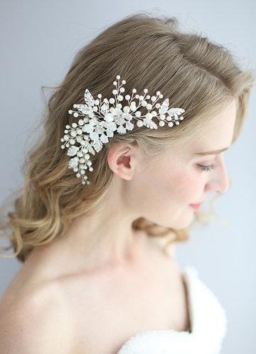 front_Victoria Floral Comb
