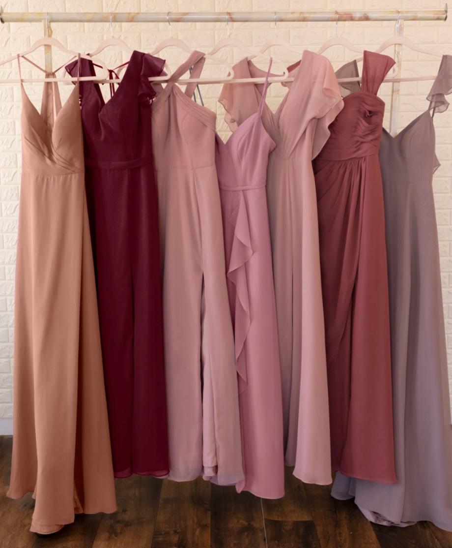 Shop Chiffon Dresses >
